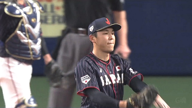 日米野球笠原祥太郎