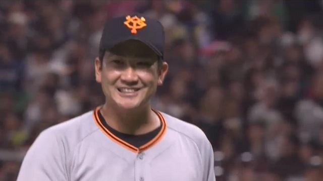 笑顔の菅野