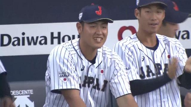 2019侍ジャパン笑顔の岡本